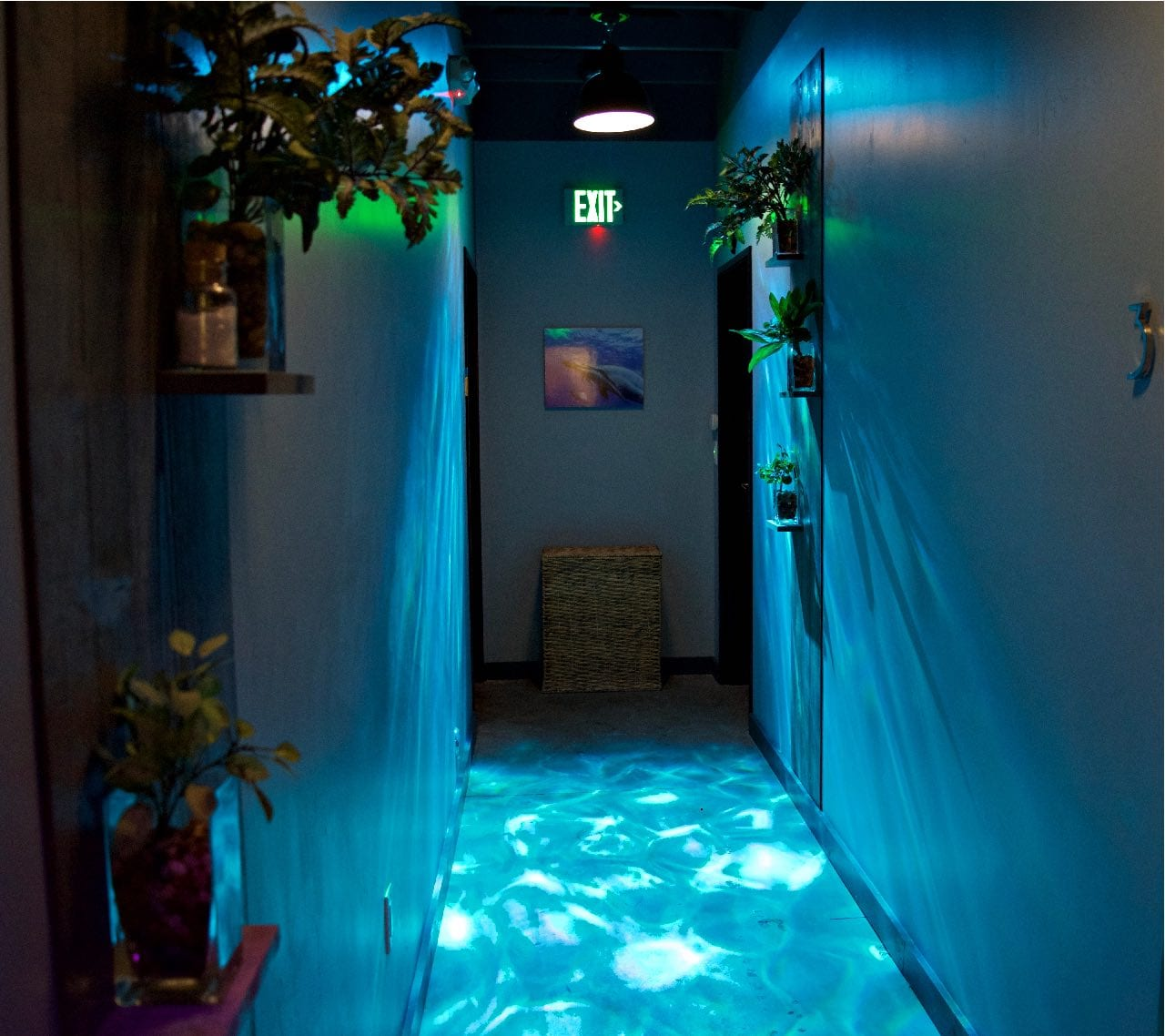 Hallway to the float rooms