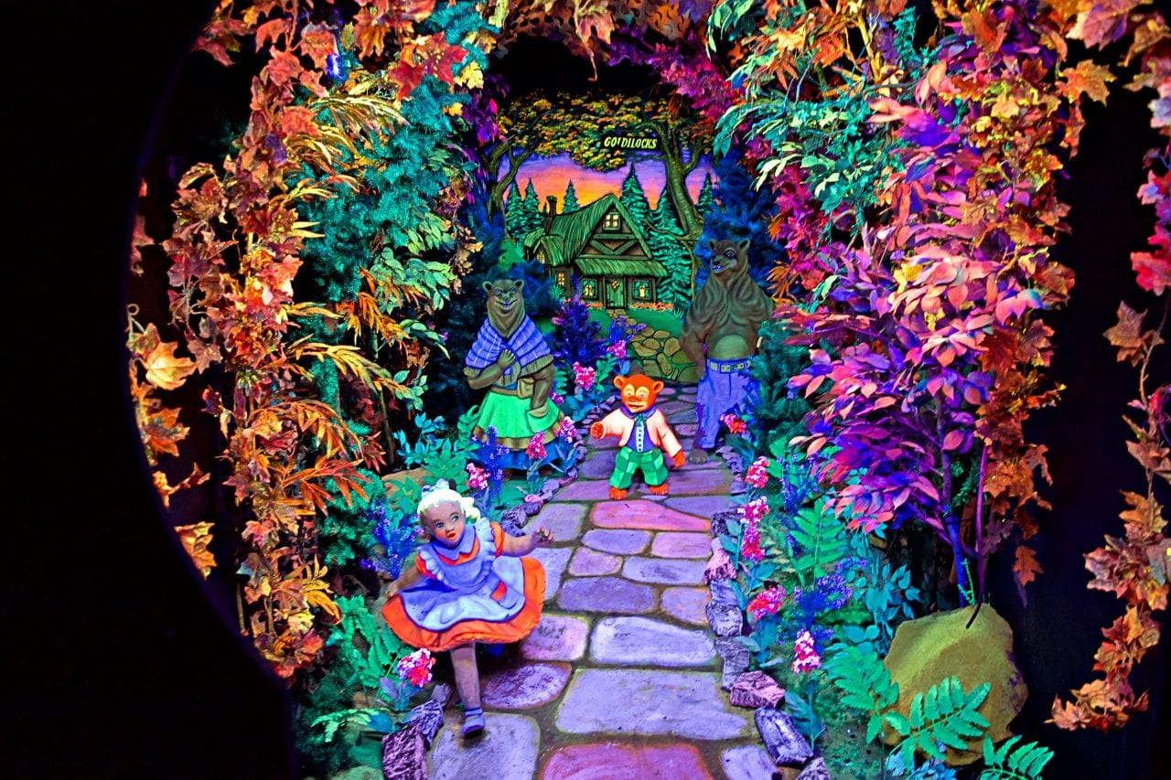 Goldilocks and the Three Bears at Fairyland Caverns