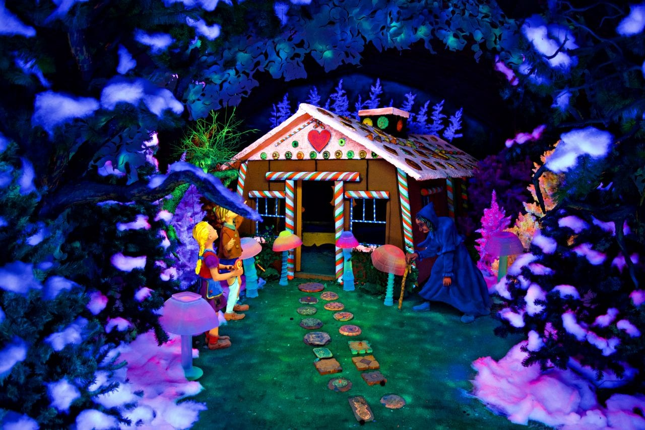 Hansel and Gretel in Fairyland Caverns