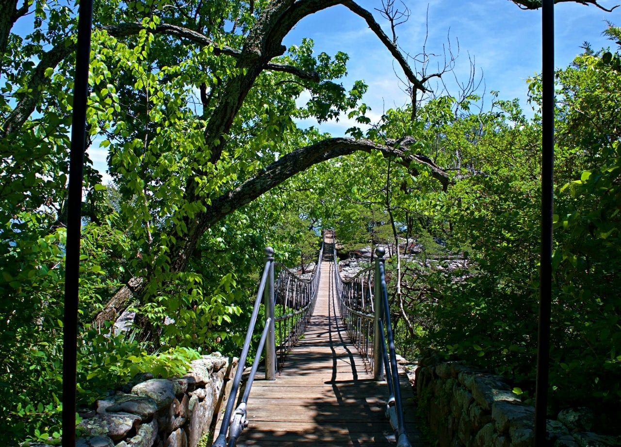 Rock City Swinging Bridge