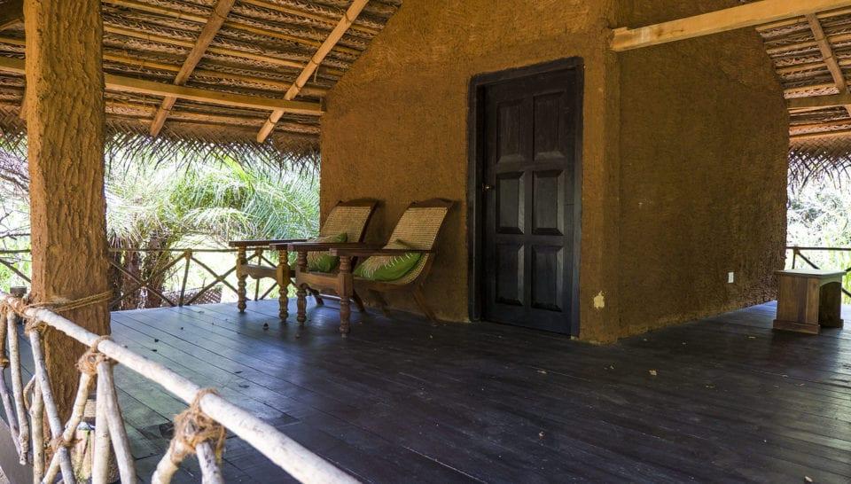 Mahagadera Ayurveda Consultation Hut (from @justinpluslauren)