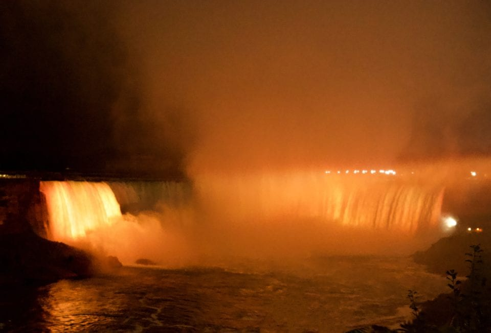 Horseshoe Falls- Niagara Falls @night yellow