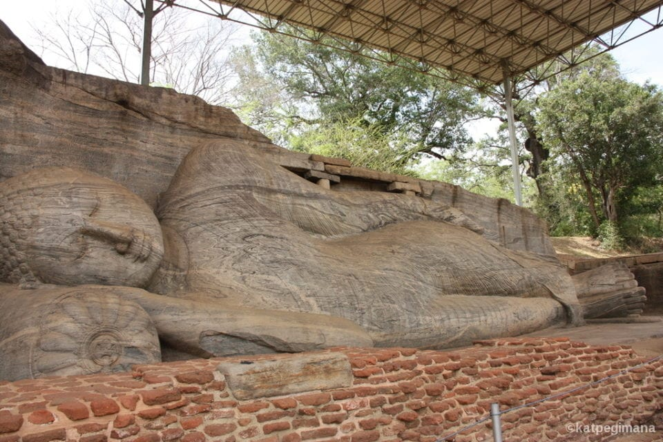 Reclining Buddha at Polonnaruwauwa - Photo by Kathleen Poon @ Kat Pegi Mana: Where Is Kat Going