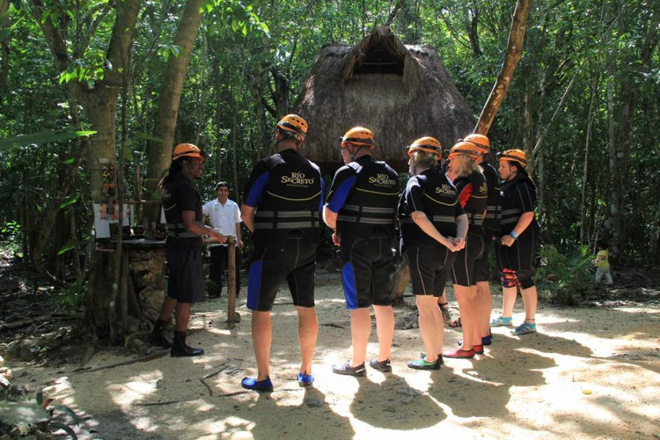 Group instructions before caving at Rio Secreto