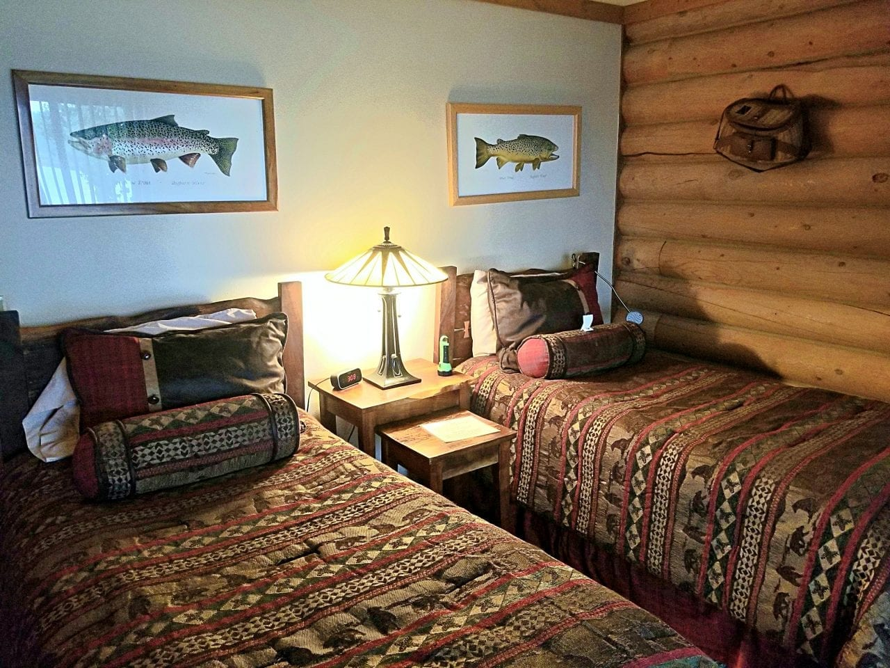 A cozy bedroom at the Bighorn River Lodge
