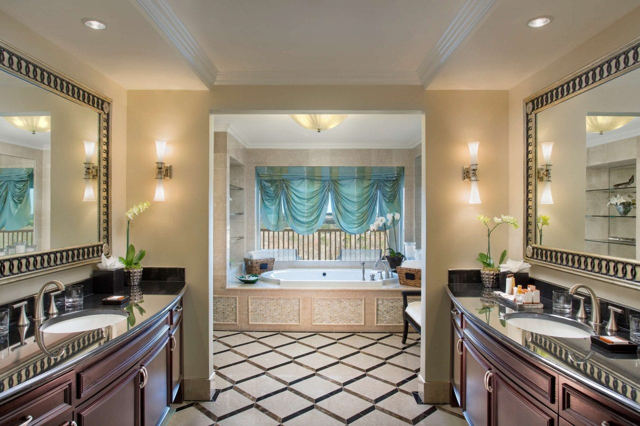 The Presidential Suite has a presidential bath as well