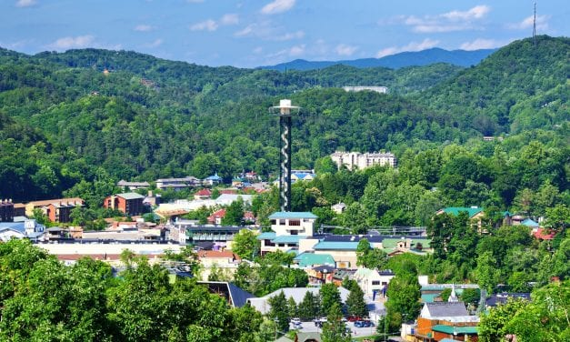 Ultimate Romantic Getaway in Gatlinburg TN for Nature Lovers