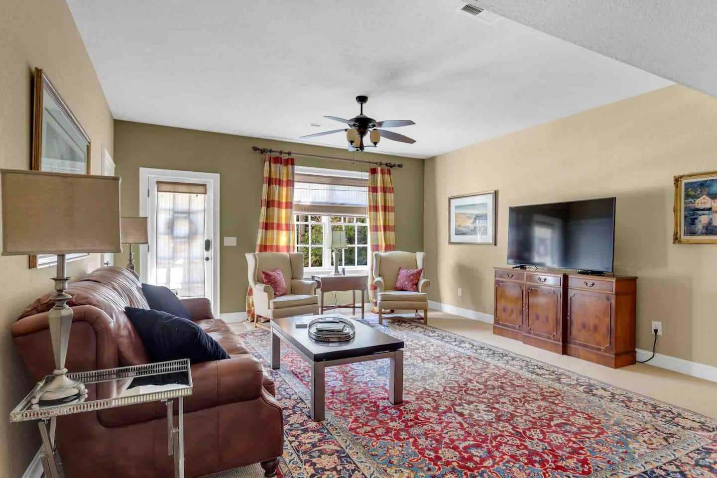 Elegant 1200 sf apt in City of Lookout Mountain TN interior