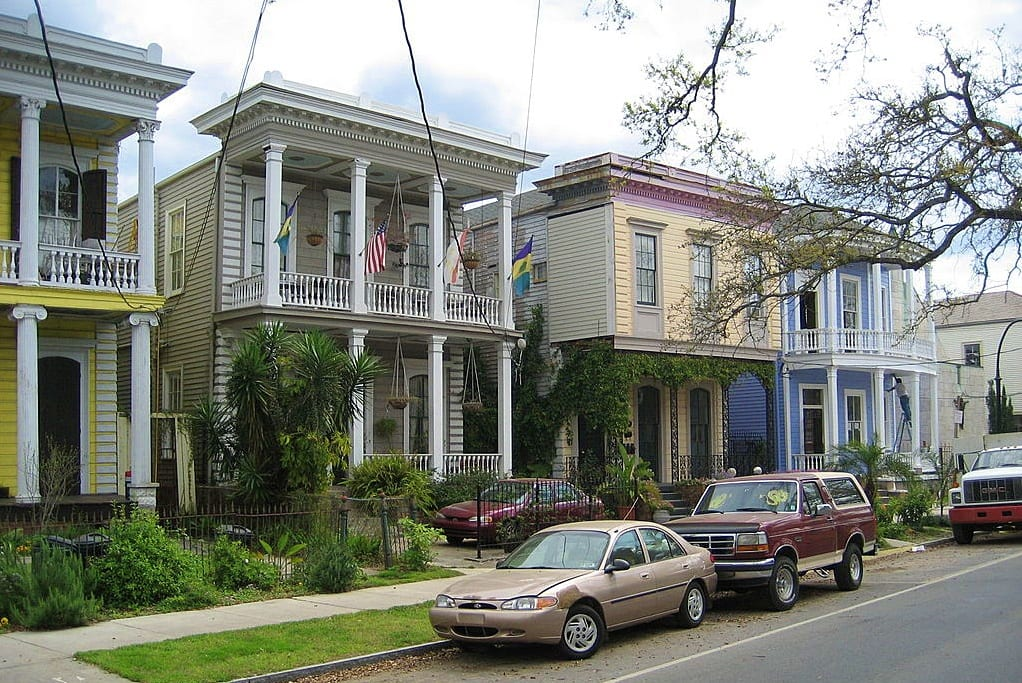 Esplanade Three Houses Photo by Infrogmation of New Orleans