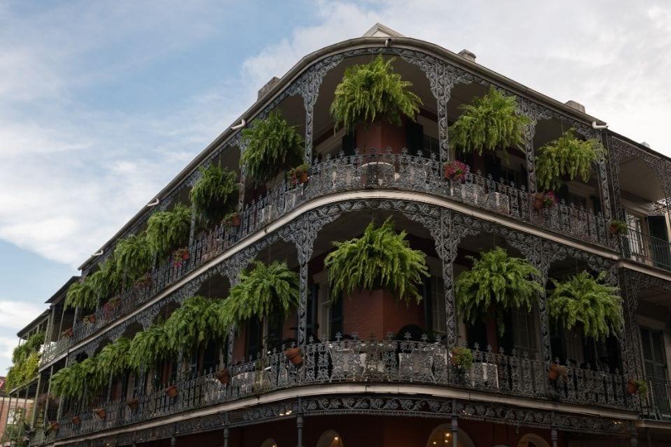 French Quarter mansion via Canva