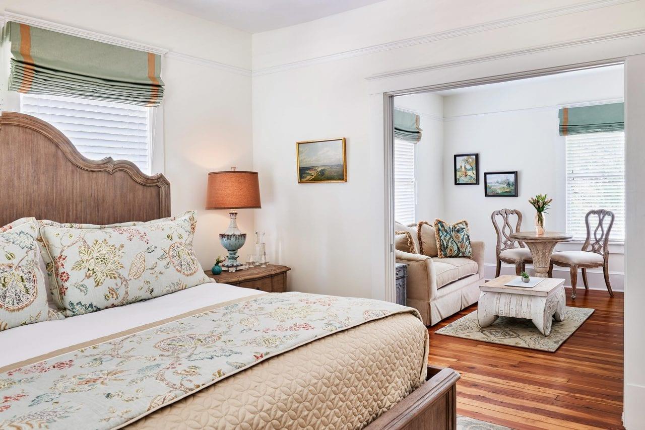 Room via The Collector Inn