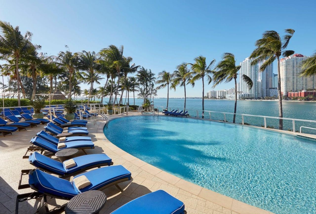 miami-20-oasis-pool via via Mandarin Oriental