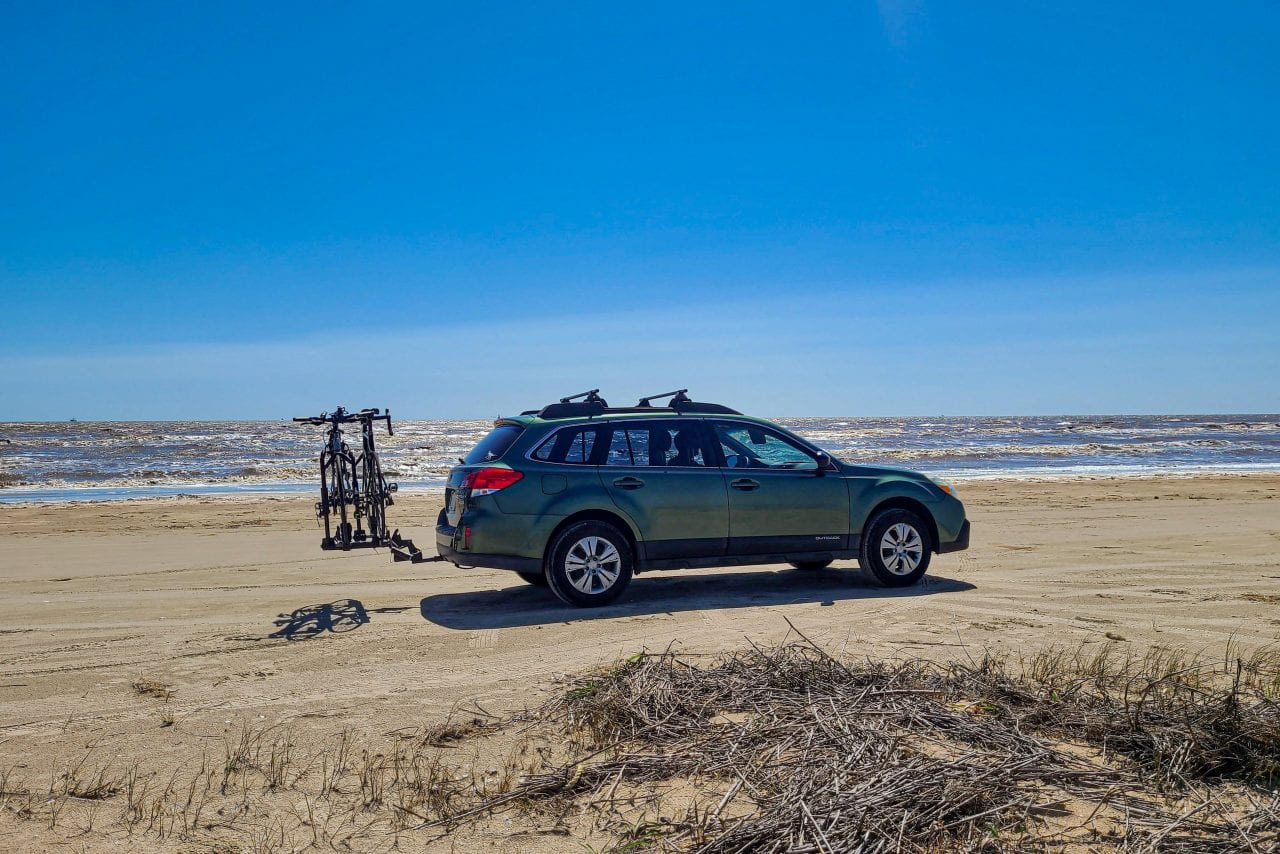 Drive on the beach at Sea Rim State Park