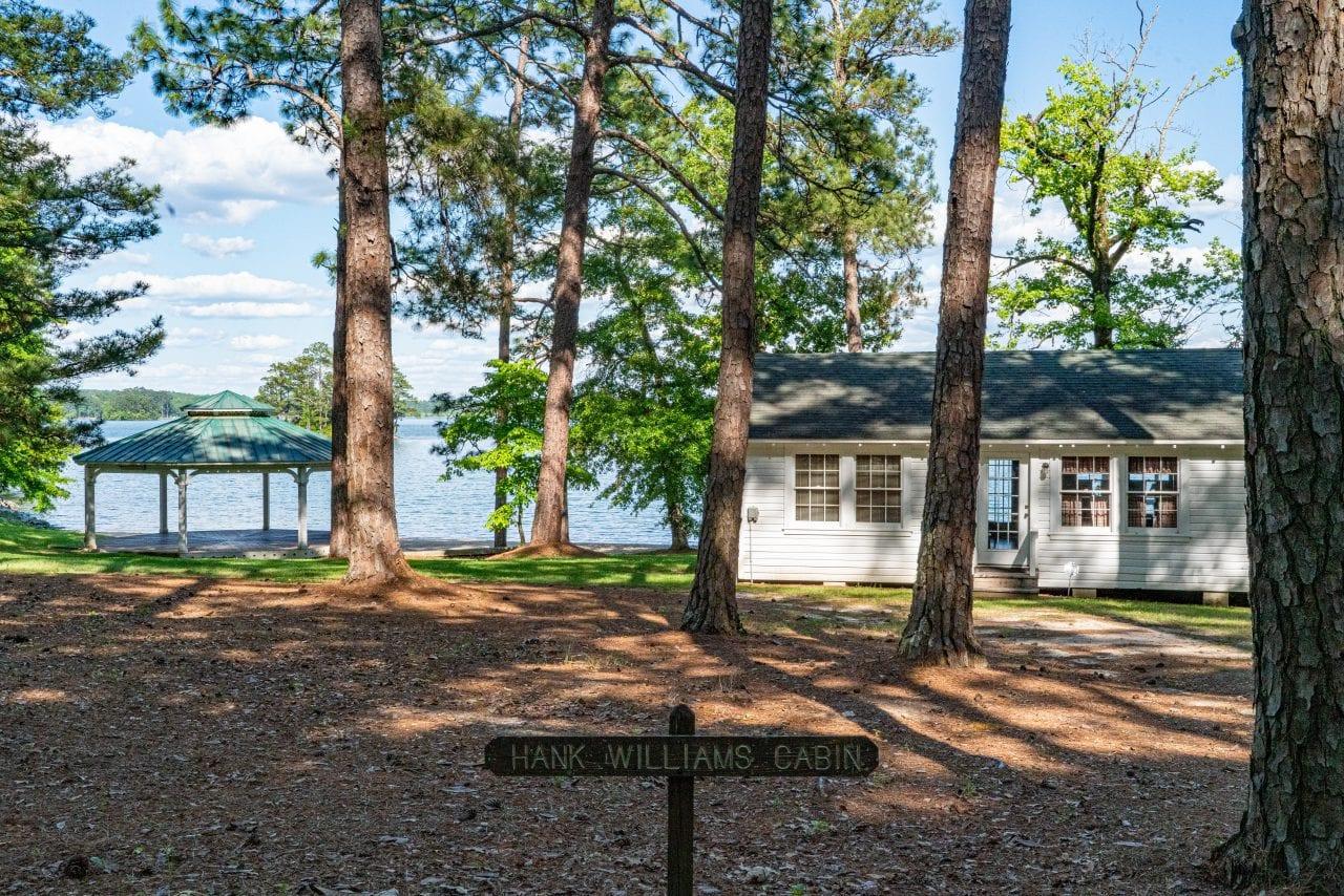 Hank Williams Cabin Children's Harbor Lake Martin_