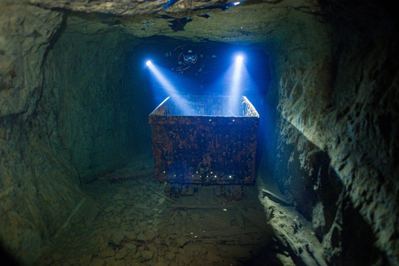 Mine cart in narrow passage in the Bonne Terre mine