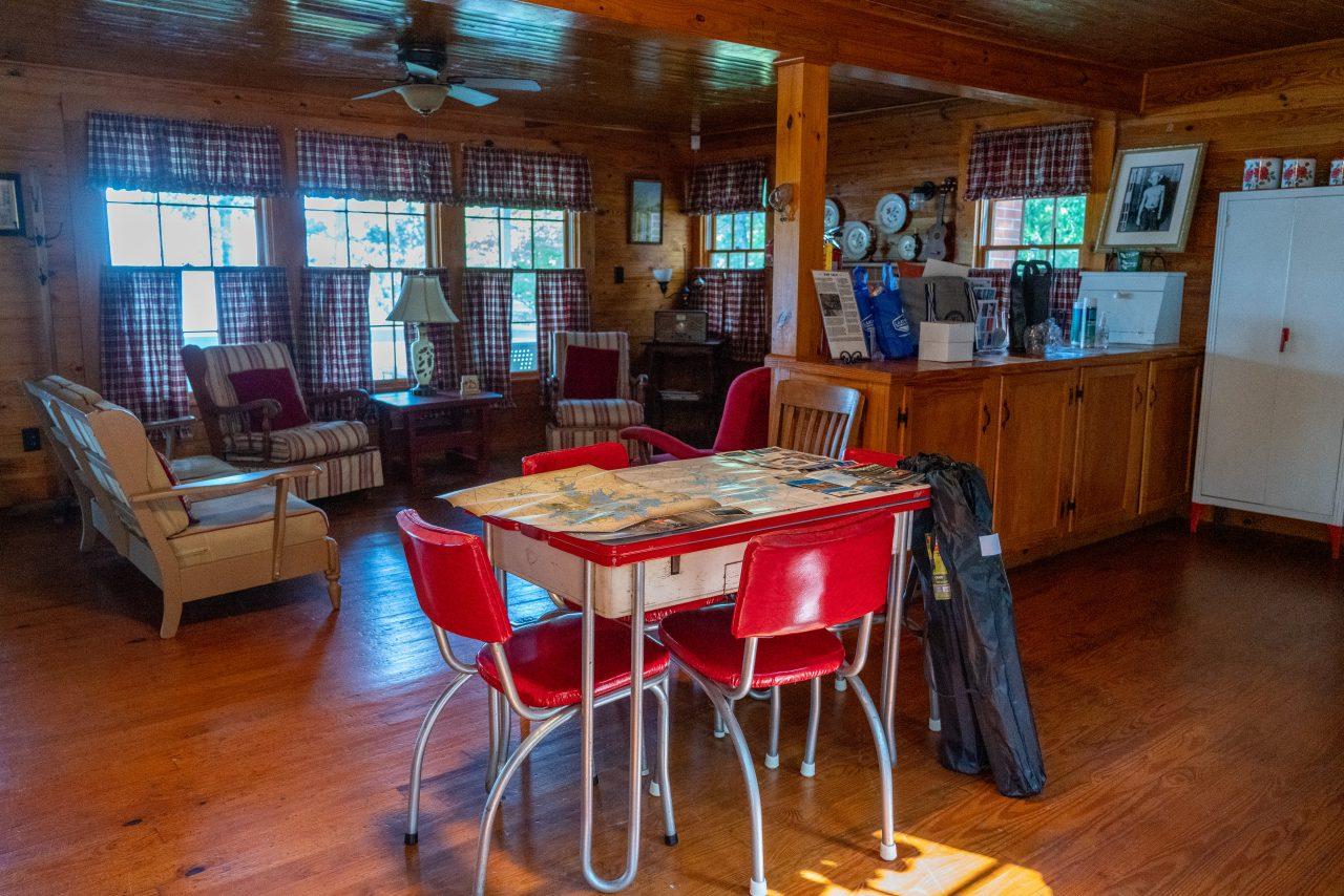 Hank Williams Cabin Children's Harbor Lake Martin Interior