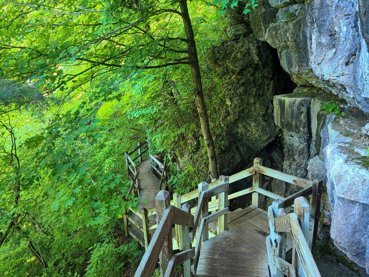 Ha Ha Tonka State Park hiking Missouri-2