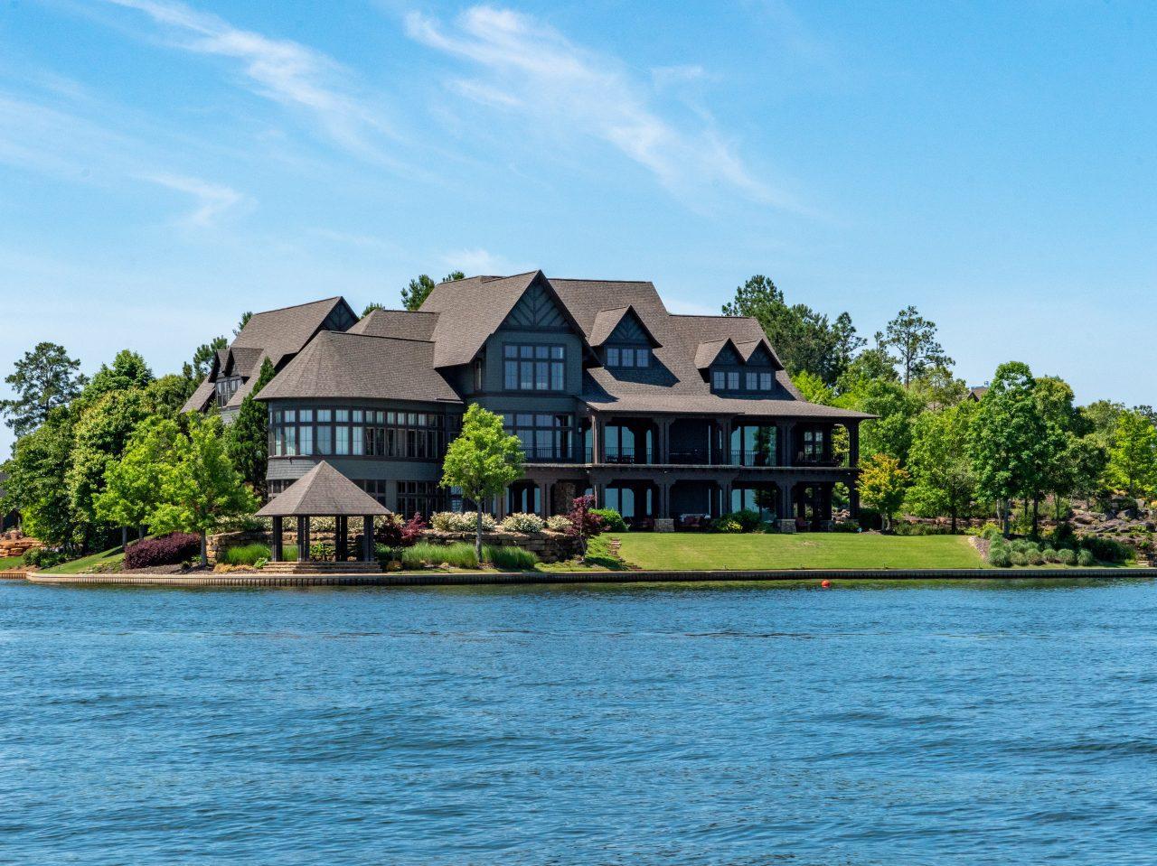 Lake Martin Boat Tour palatial homes